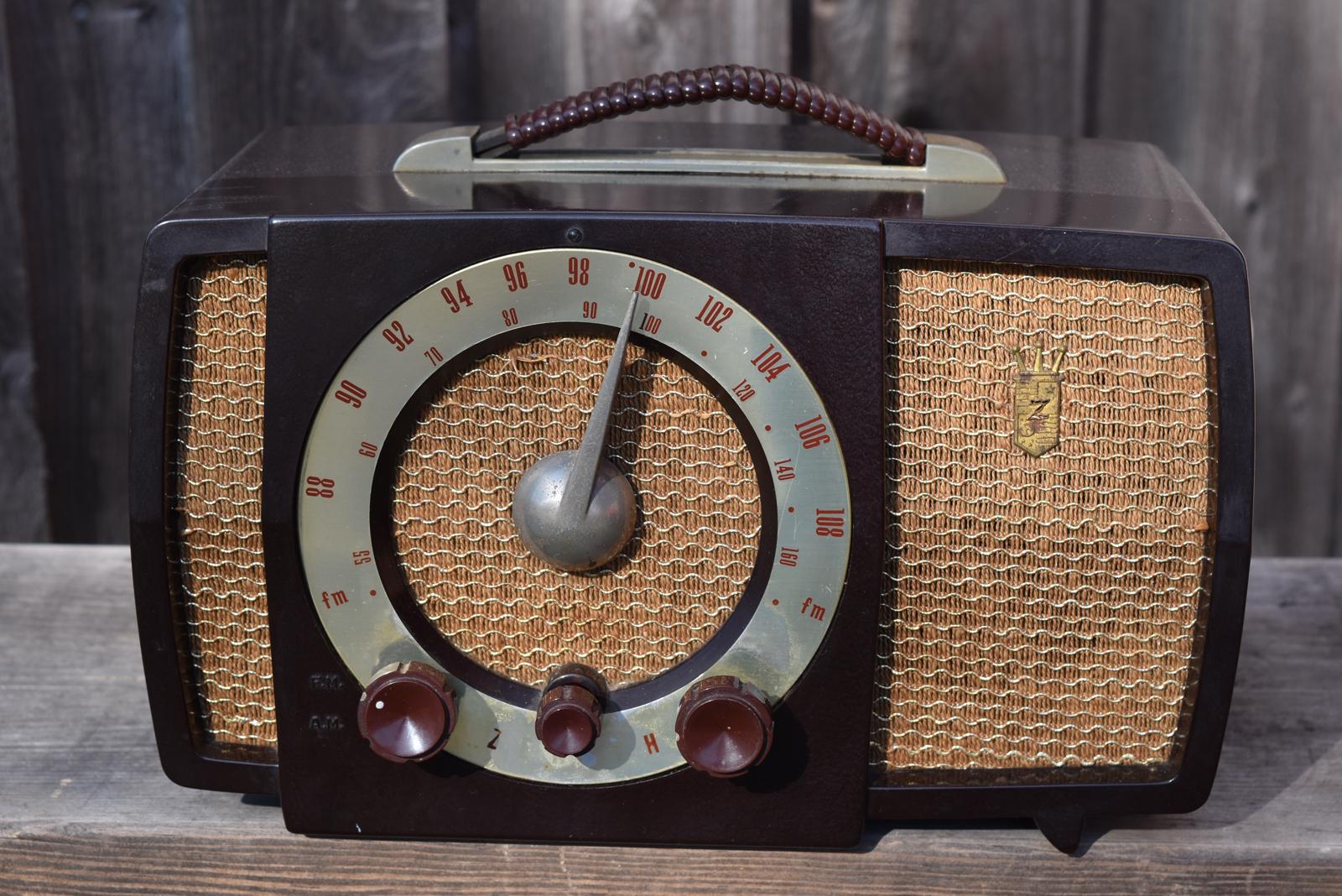 Radio by zenith year models Radio Attic's